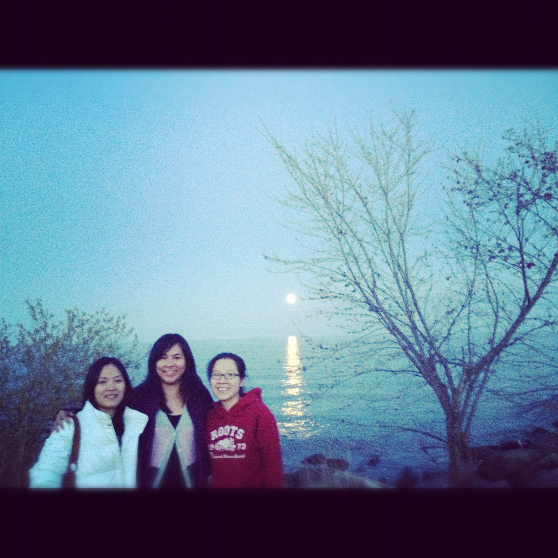Watched Super Moon with friends. May 05,2012 Mississauga, Canada.
